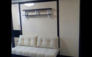 Откидная кровать встроенная в шкаф с диваном