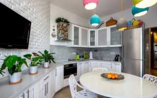 Белые кухни в интерьере квартиры
